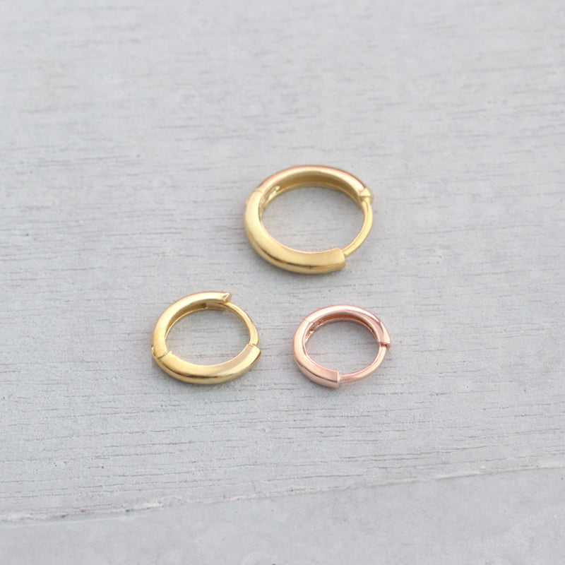 sterling silver small hugging hoop earrings