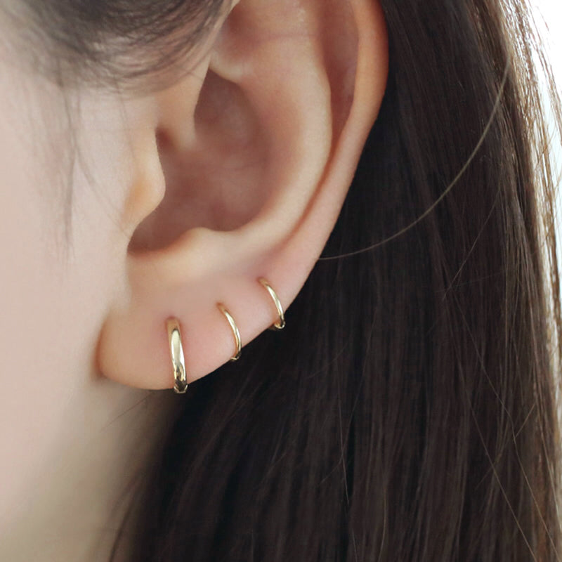 8mm Everyday Huggie Hoop- 14K Gold