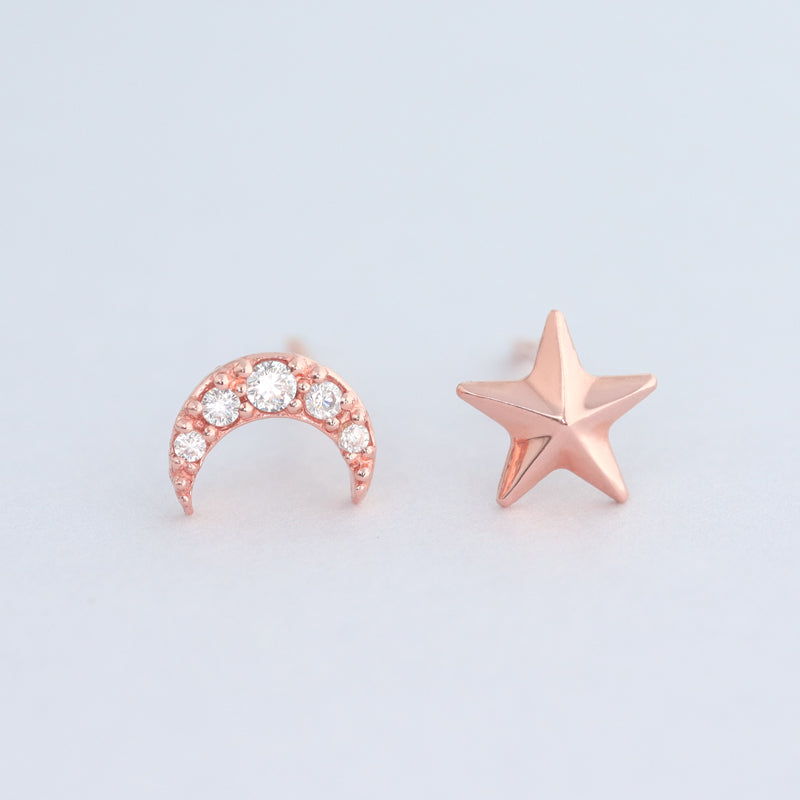 Star & Moon Stud Earring- 14K Gold