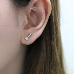 silver arrow ear stud