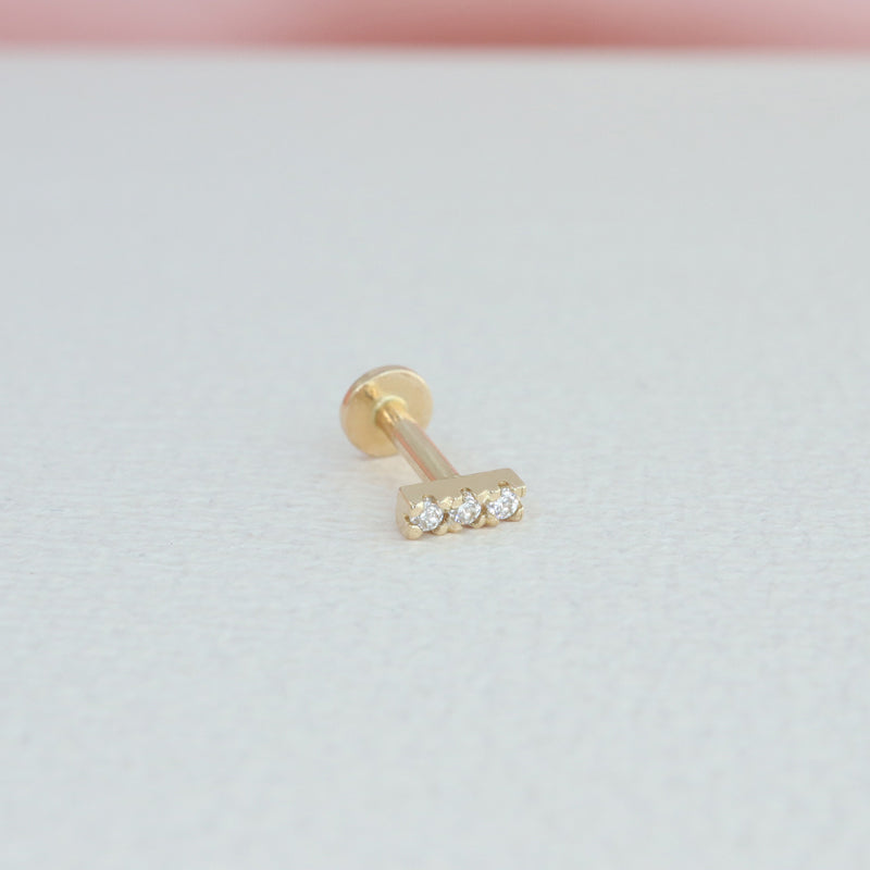 Mini Pave Bar Labret Piercing- 14K Gold