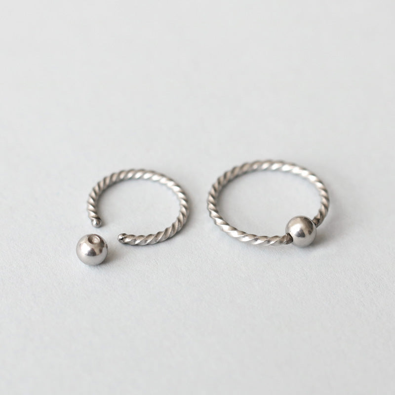316L Twist Captive Bead Ring