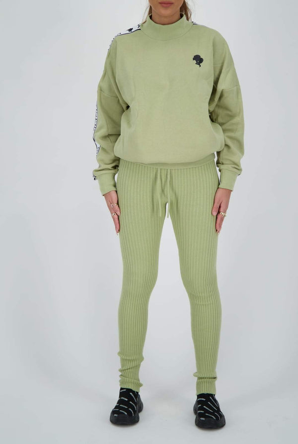 Reinders tracking sweater sage green