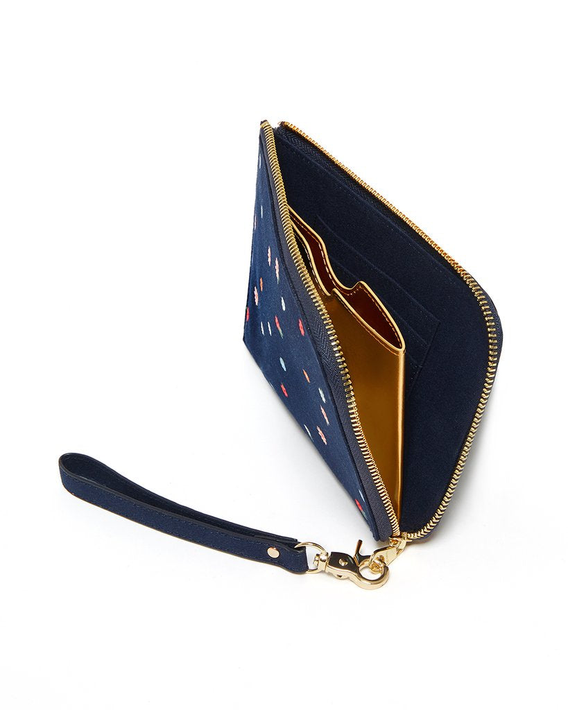 The Getaway Travel Clutch - Field Day