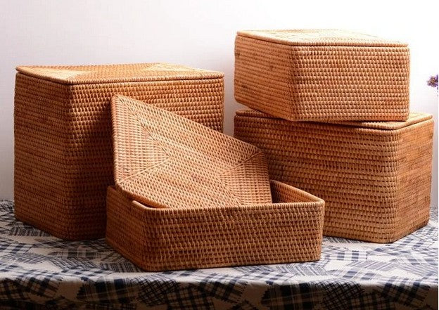 Hand Woven Rectangular Basket with Lids, Extra Large Handmade Rattan Storage Basket for Bedroom and Living Room