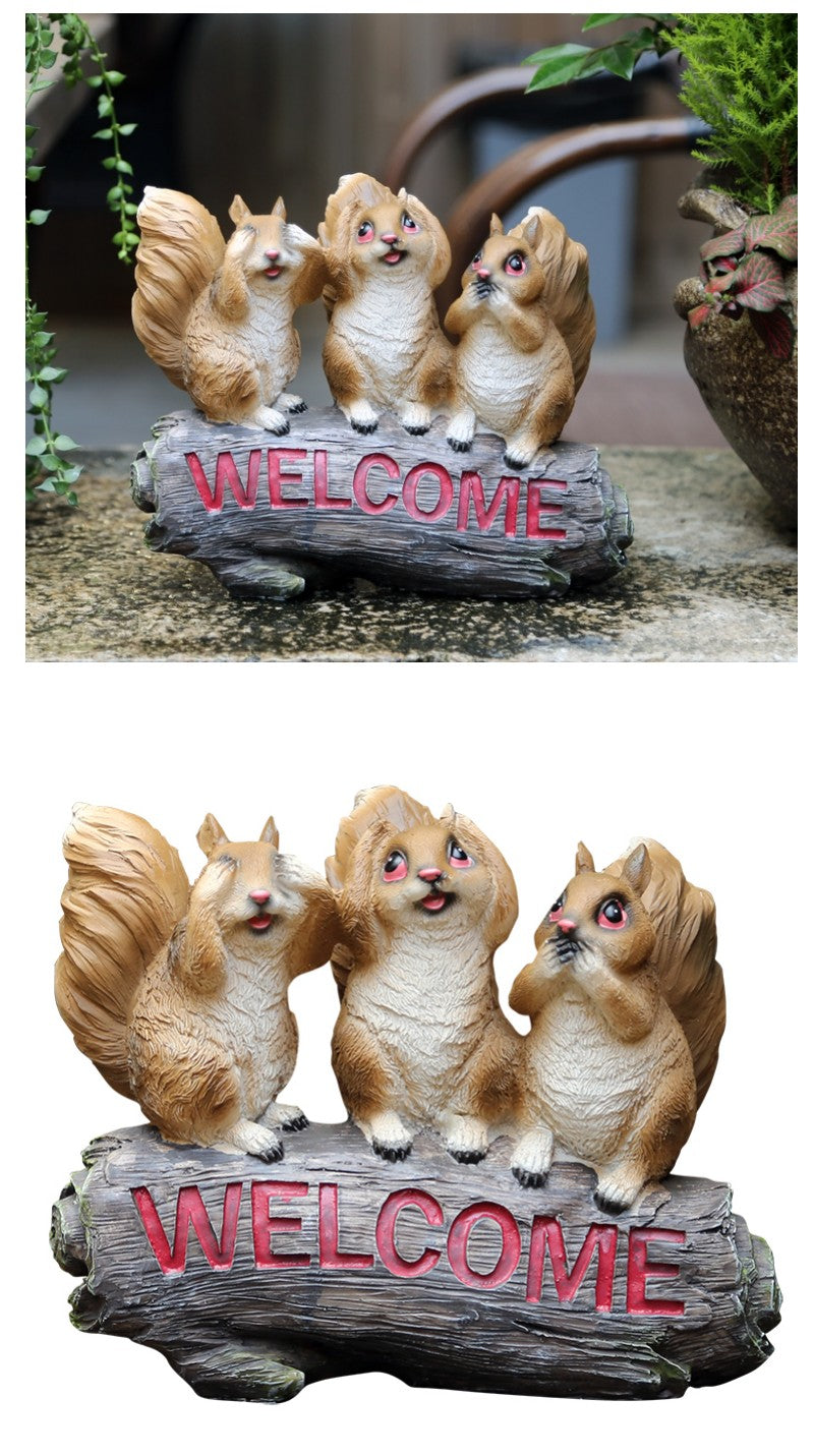 Three Lovely Squirrels with Welcome Sign, Squirrel Statue for Garden, Animal Statue for Garden Ornament, Villa Outdoor Decor Gardening Ideas