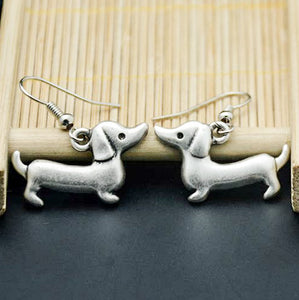 Vintage Silver-Plated Dachshund Earrings 🐾