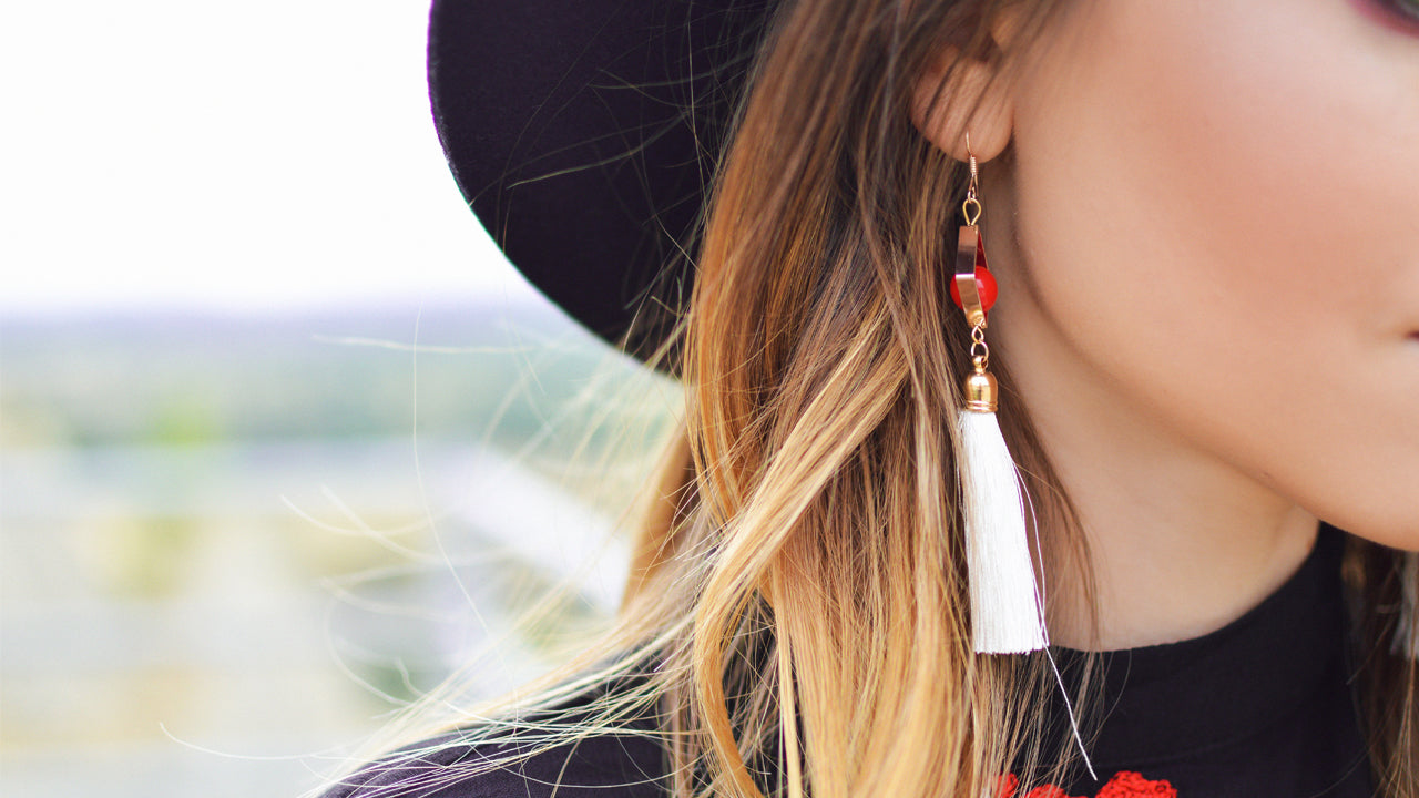 11 Ways to Travel with Jewelry You Should Also Try!