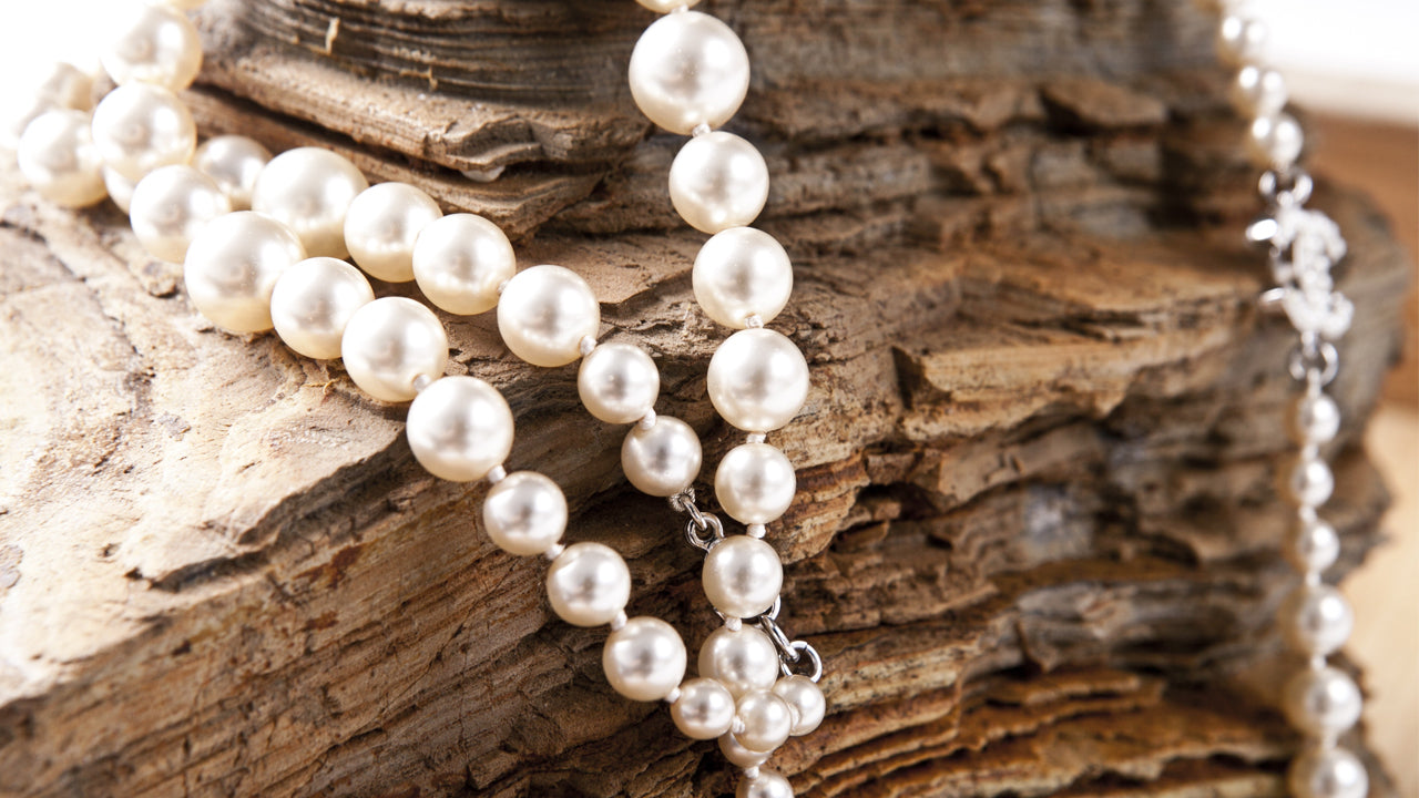 How to clean your Pearl Jewelry