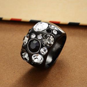 Vintage Multicolor Rhinestones Paved Female Finger Ring