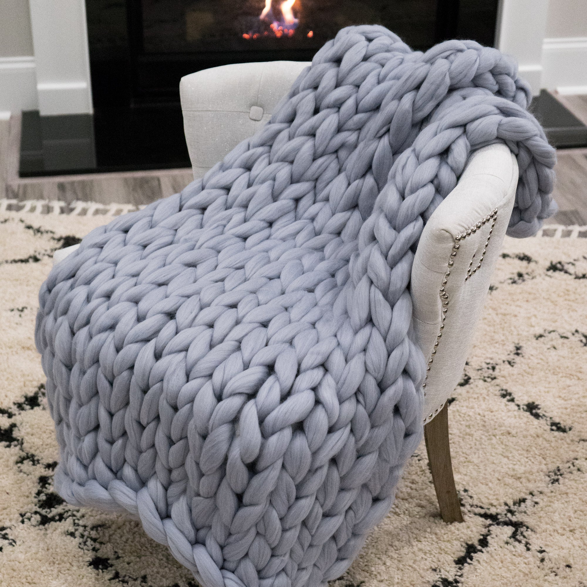 Chunky Knit Throw - Stormy Sky (Silver) - 33 inches by 45 inches