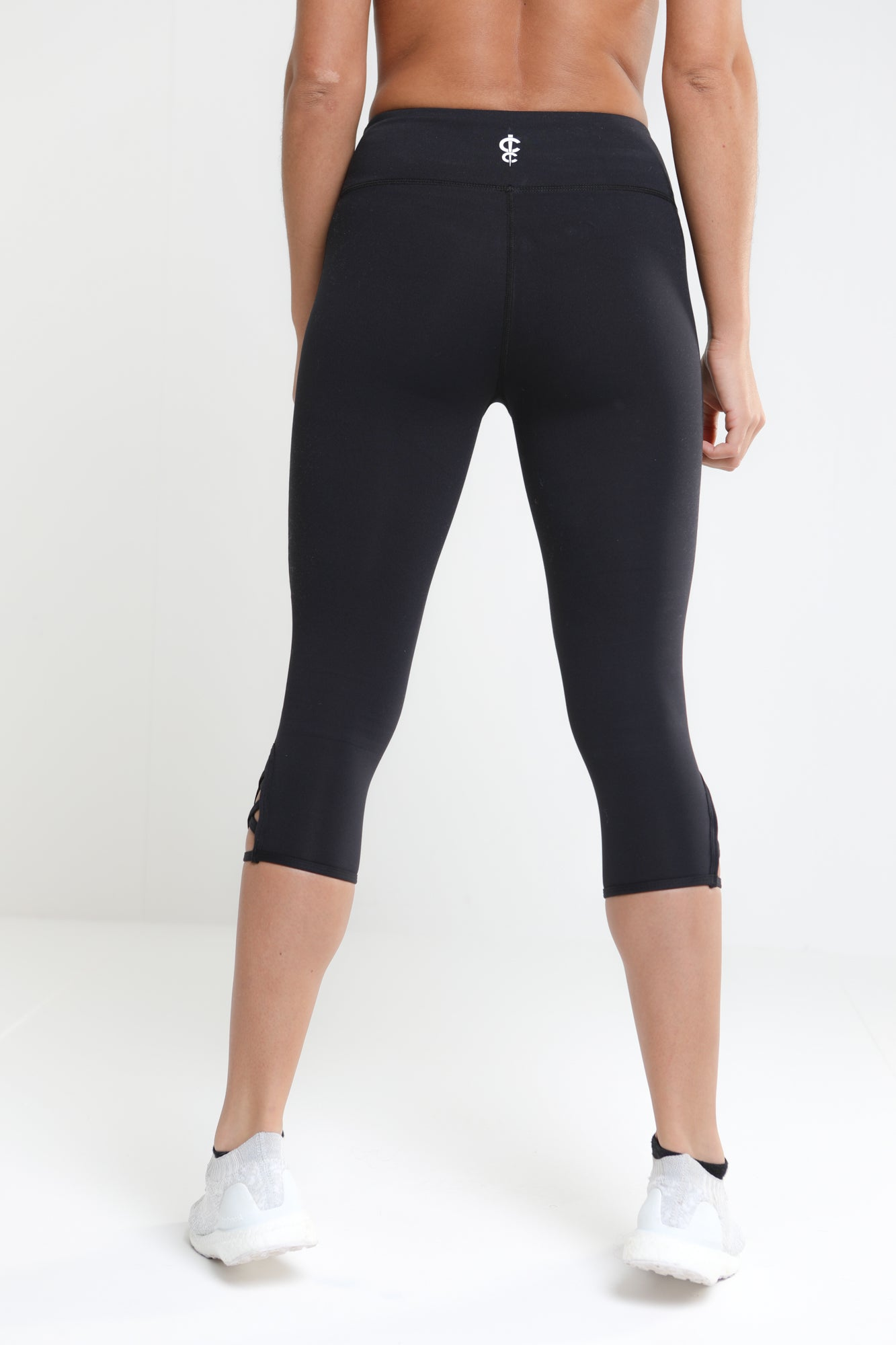 Revival Cropped Leggings