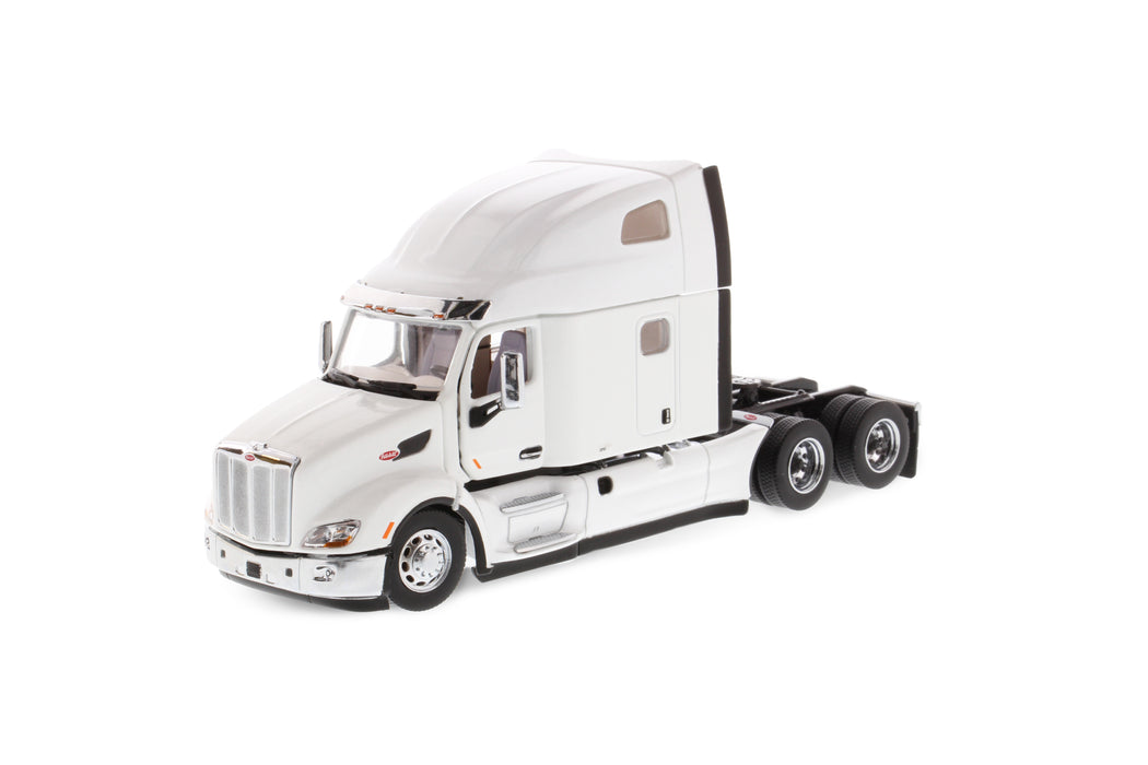 1:50 Peterbilt 579 UltraLoft Tractor - White
