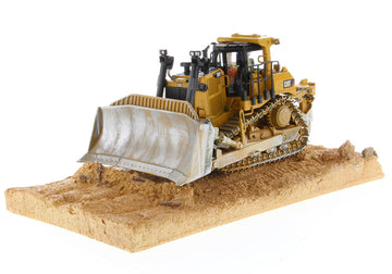 Diecast Masters Cat D9T - Weathering Series