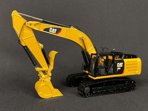35 Ton Coupler/Thumb/Bucket Set - Cat Yellow
