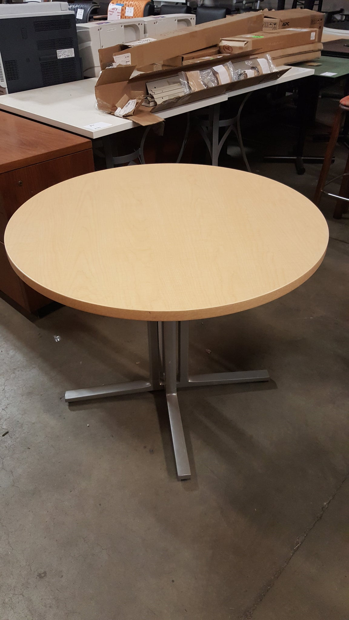 36 Round Break Room Table Used Office Furniture In Minneapolis Mn
