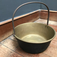 Brass Berry Pan - Jam Pan photo 4 | PamPicks
