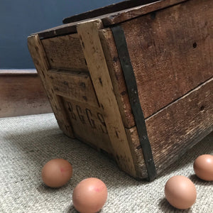 SOLD - Vintage Egg Transportation Box