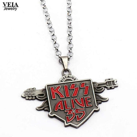 Kiss Necklace - Alive