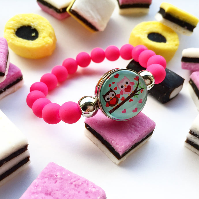 Kids bracelets and parties