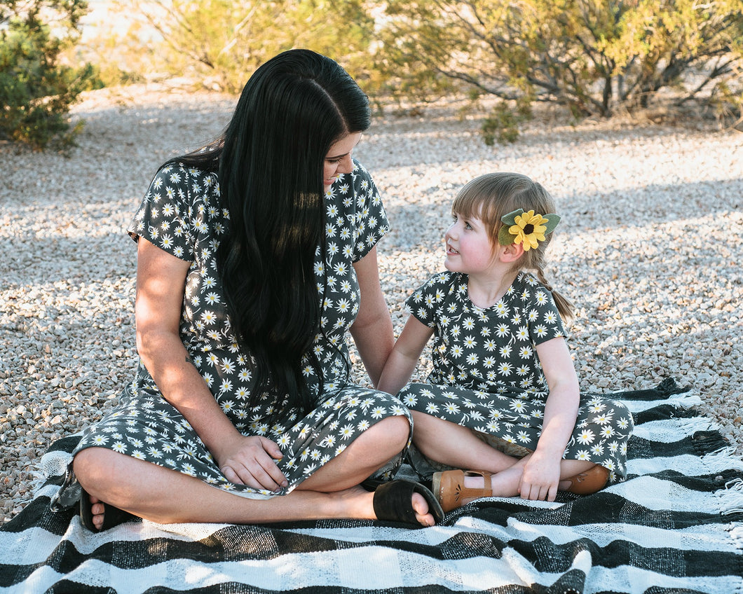 mommy and me daisy dress