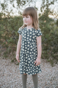 Daisy T-Shirt Dress // kids