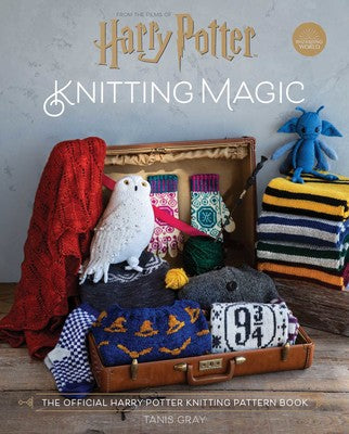 Knitting Magic - The Official Harry Potter Knitting Pattern Book