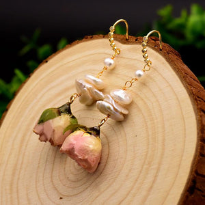 Blooming Roses and Pearls Dangle Earrings earrings Vinty Jewelry