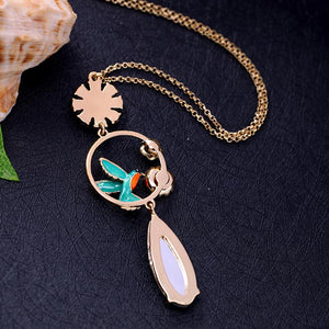 Charming Blue Bird and Flowers Pendant Necklace necklace Vinty Jewelry