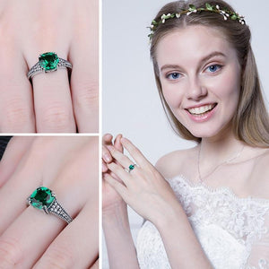 Eiffel Emerald Ring ring Vinty Jewelry