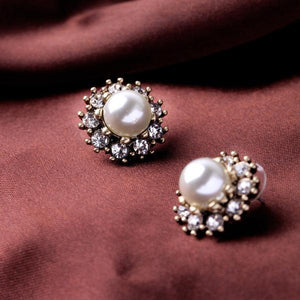 Elegant Pearl Button Earrings earrings vintyjewelry