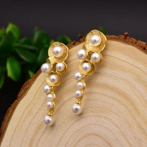Gold Shell Pearl Drop Earrings earrings Vinty Jewelry