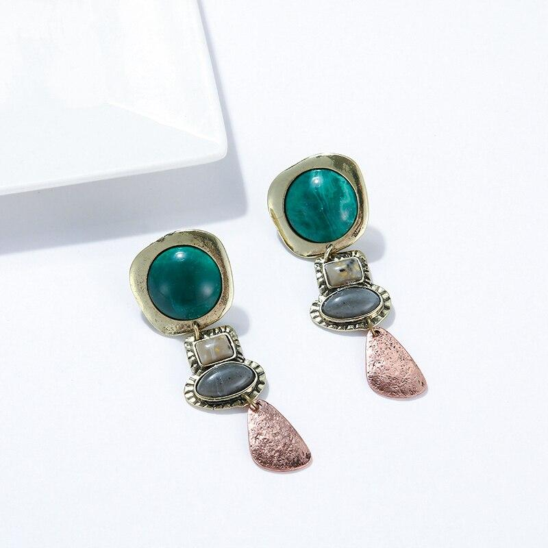Green Stone Dangle Earrings earrings Vinty Jewelry