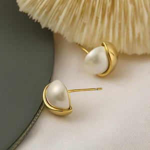 Half Round Pearl 80s Stud Earrings earrings Vinty Jewelry