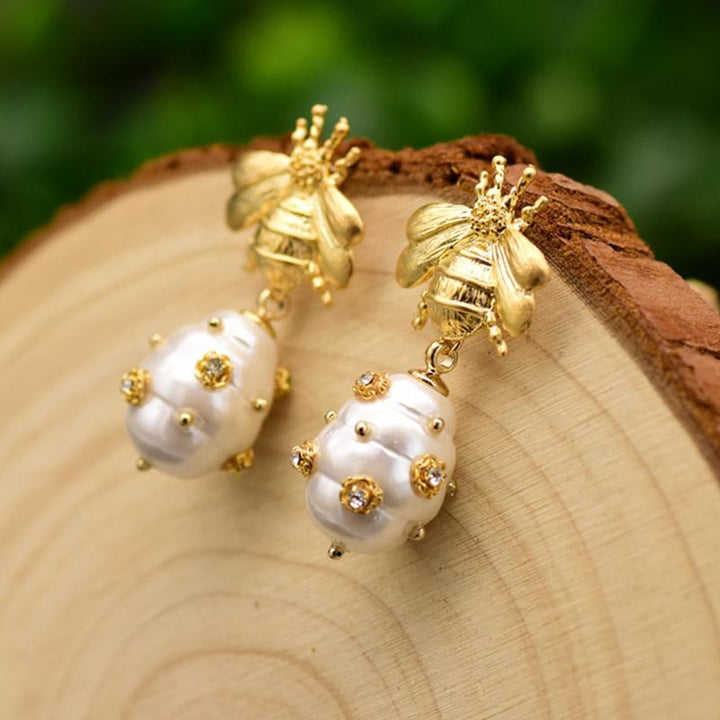 Little Bee Earrings With Dangly Pearls earrings Vinty Jewelry