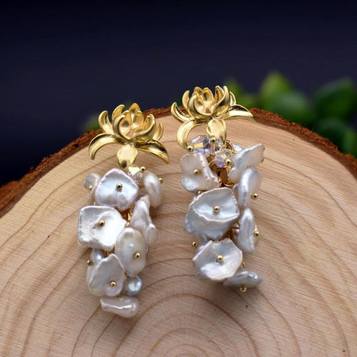 Lotus Flower Mother of Pearls Dangle Earrings earrings Vinty Jewelry