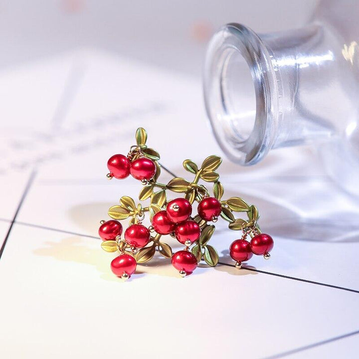 Red Winterberry Brooch brooch Vinty Jewelry
