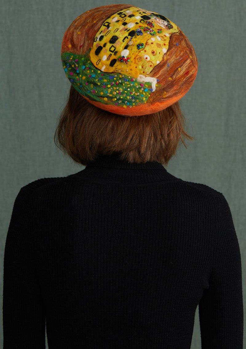 The Kiss Wool Beret hat Vinty Jewelry