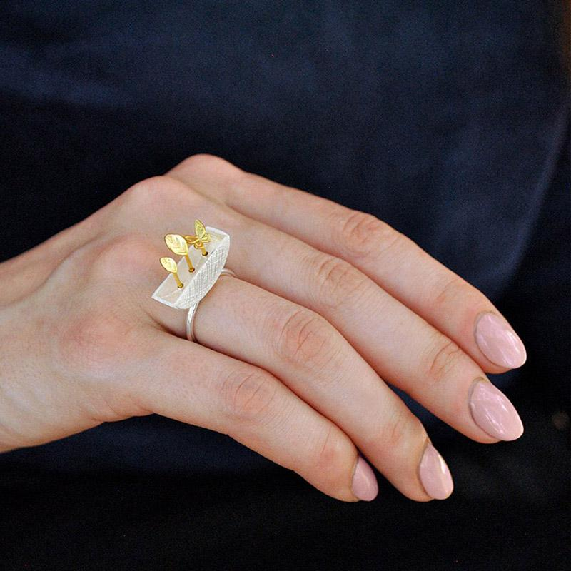 Tiny Garden Ring ring Vinty Jewelry