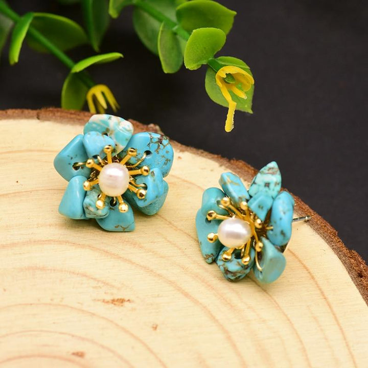 Turquoise Flower Stud Earrings earrings Vinty Jewelry