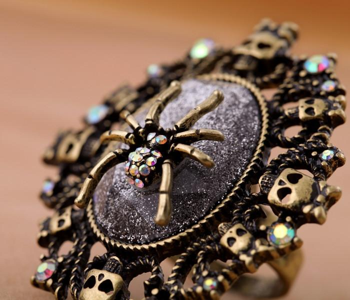 Vintage Spider Ring With Skulls ring Vinty Jewelry