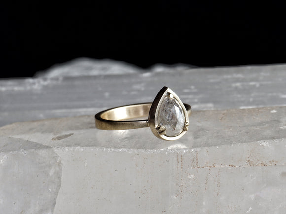GAIA | salt and pepper diamond