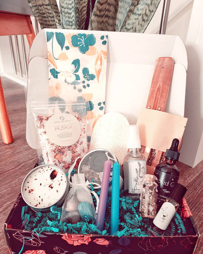 The Lifestyle Box (Spring) - Bare Terre