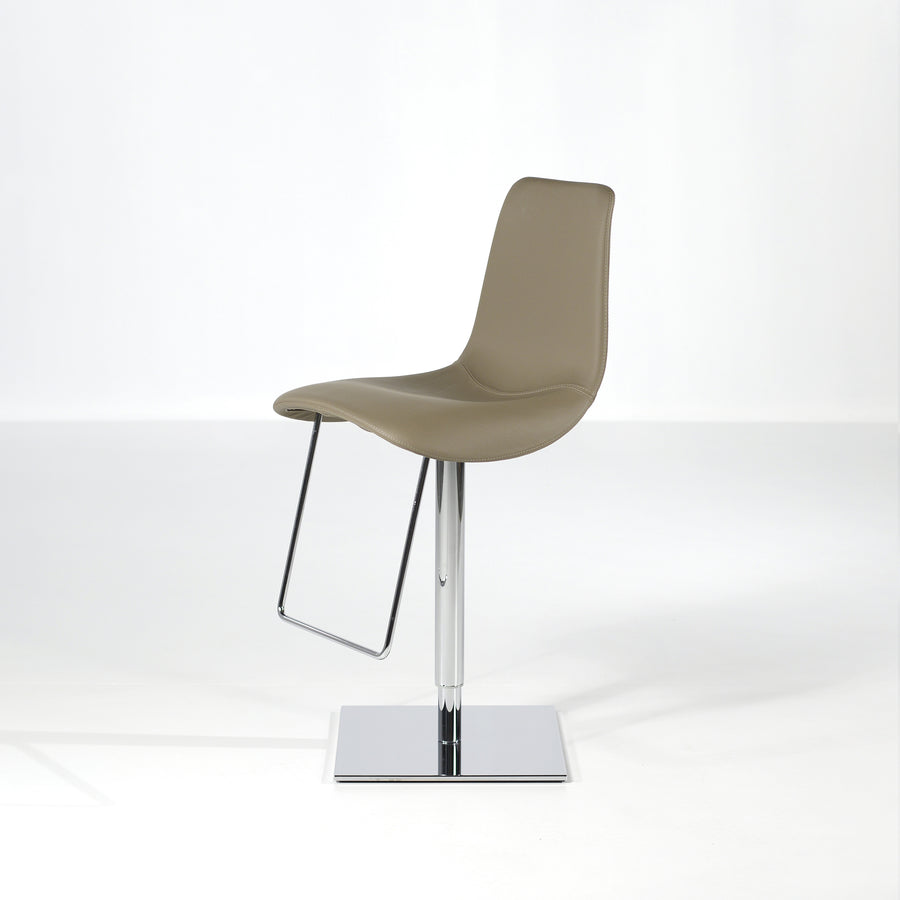 Bonaldo Lei Hi Stool 2, © Spencer Interiors Inc.
