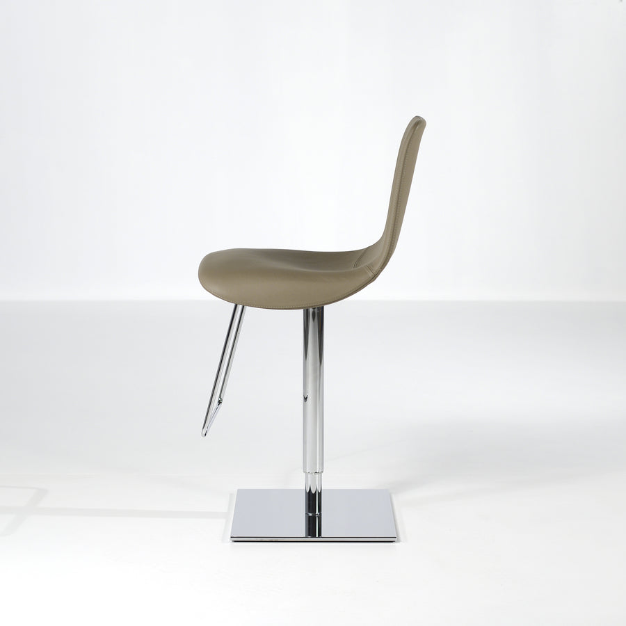 Bonaldo Lei Hi Stool 4, © Spencer Interiors Inc.