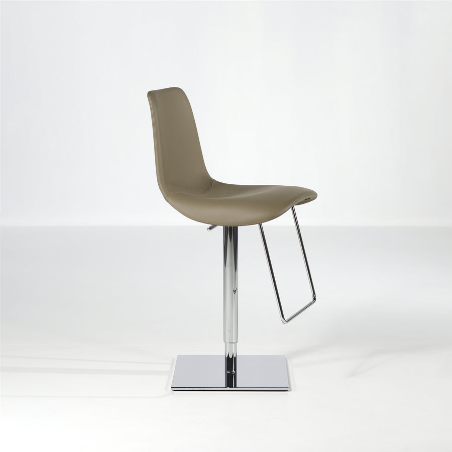 Bonaldo Lei Hi Stool 3, © Spencer Interiors Inc.