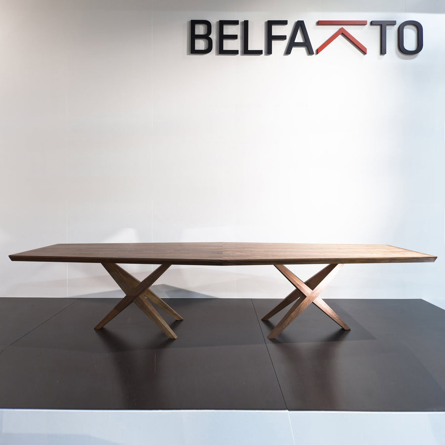Belfakto Vitox Table in Solid Wood, 3