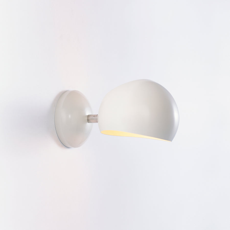 Boi Sconce, Hardwired