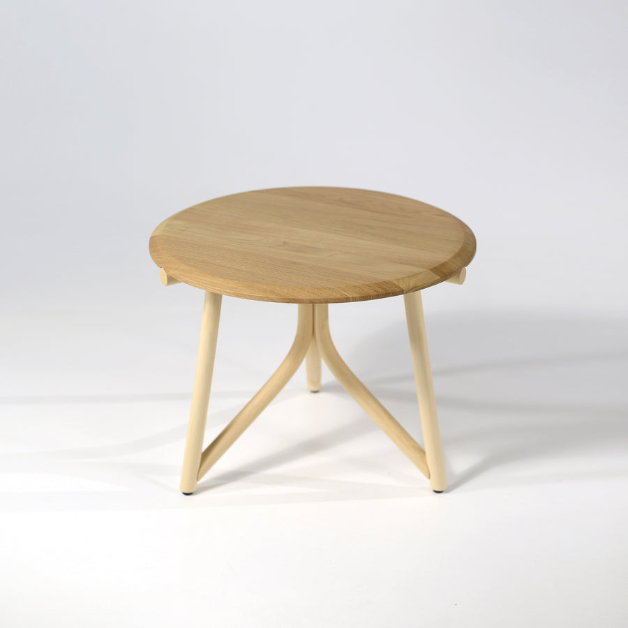 Expormim kiri low table 60, © Spencer interiors Inc.