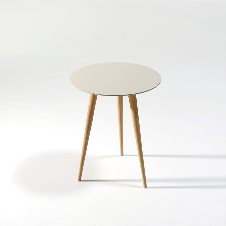 Gazzda Arp Side Table 45 in whitened Oak and Mushroom Linoleum, top